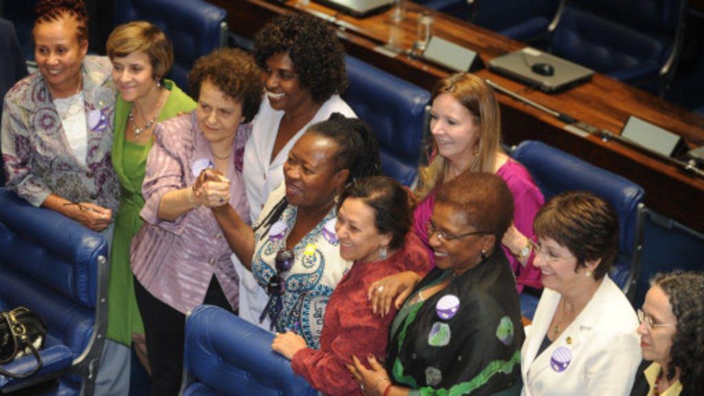 Senado amplia direitos de empregados domésticos - BBC Brasil