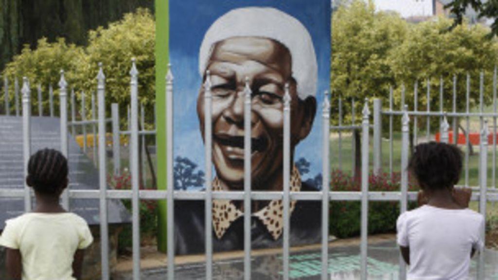 Doença de Mandela causa apreensão na Africa do Sul - BBC Brasil