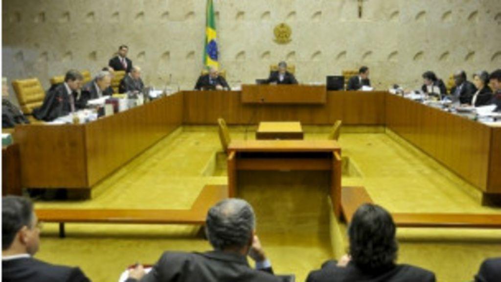 Entenda a retomada do julgamento do ' mensalão' - BBC Brasil