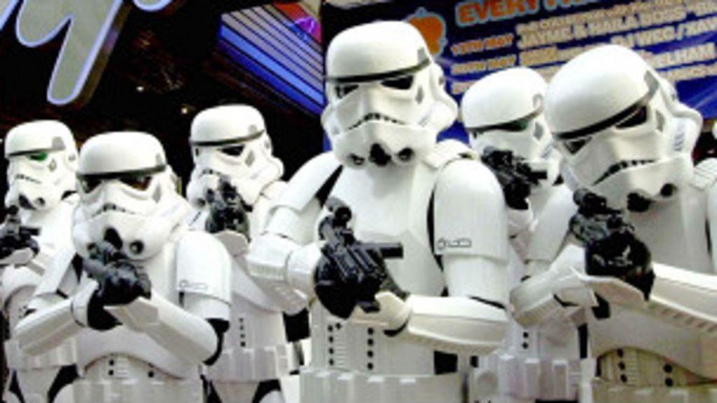 Polícia é chamada para apartar discussão entre fãs de 'Star Wars' e ...