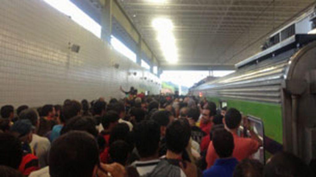 Torcedores enfrentam maratona para chegar à Arena Pernambuco ...