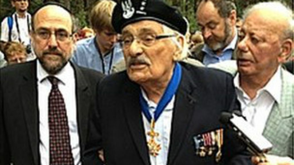 Sobrevivente relembra revolta em campo de exterminio nazista 70 ...