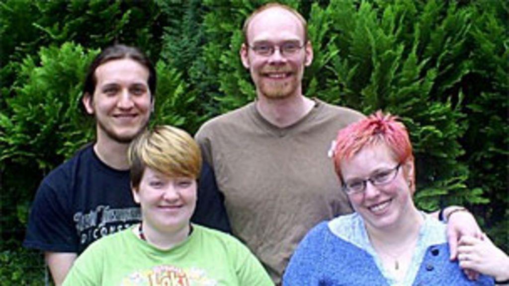 Quatro pessoas, cinco casais: conheça a rotina dos 'poliafetivos ...