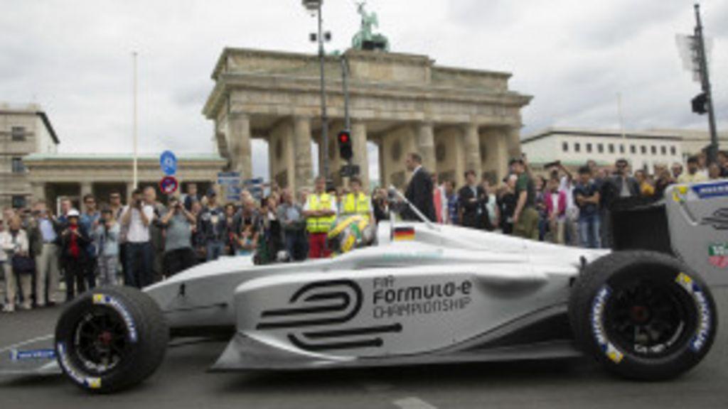 Fórmula 1 pode ganhar alternativa com carros elétricos carregados ...