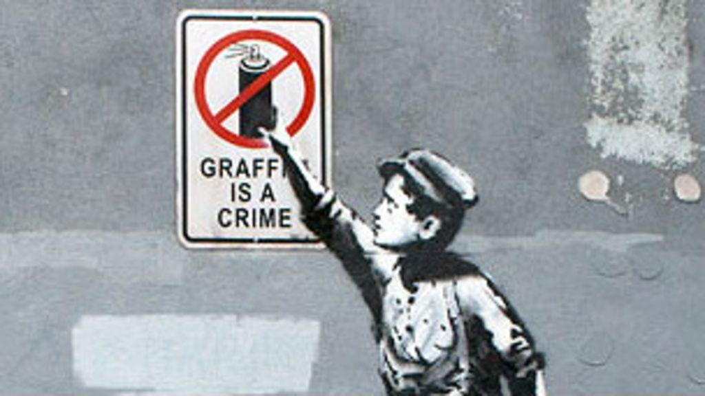 Novo grafite de Banksy em Manhattan é coberto de tinta - BBC Brasil