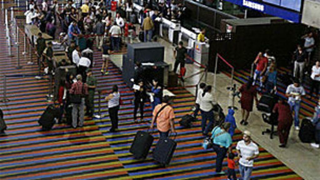 'Turismo cambial' vira fonte de lucro na Venezuela e esvazia voos ...