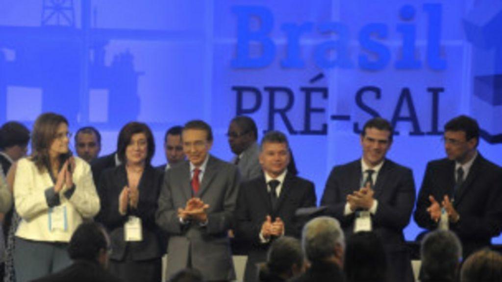 Consórcio com Petrobras, Shell, francesa Total e chinesas leva Libra