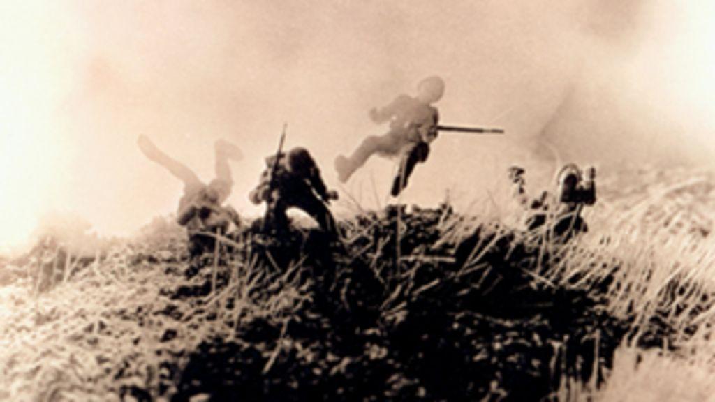 Fotógrafo americano recria batalhas famosas com brinquedos ...