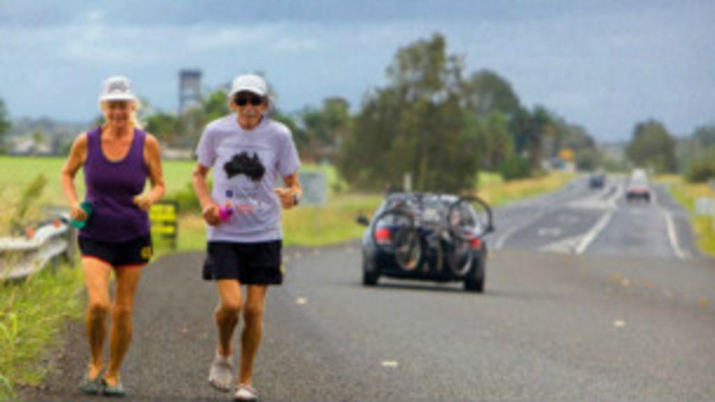 Casal de sexagenários correu uma maratona por dia ao longo de ...
