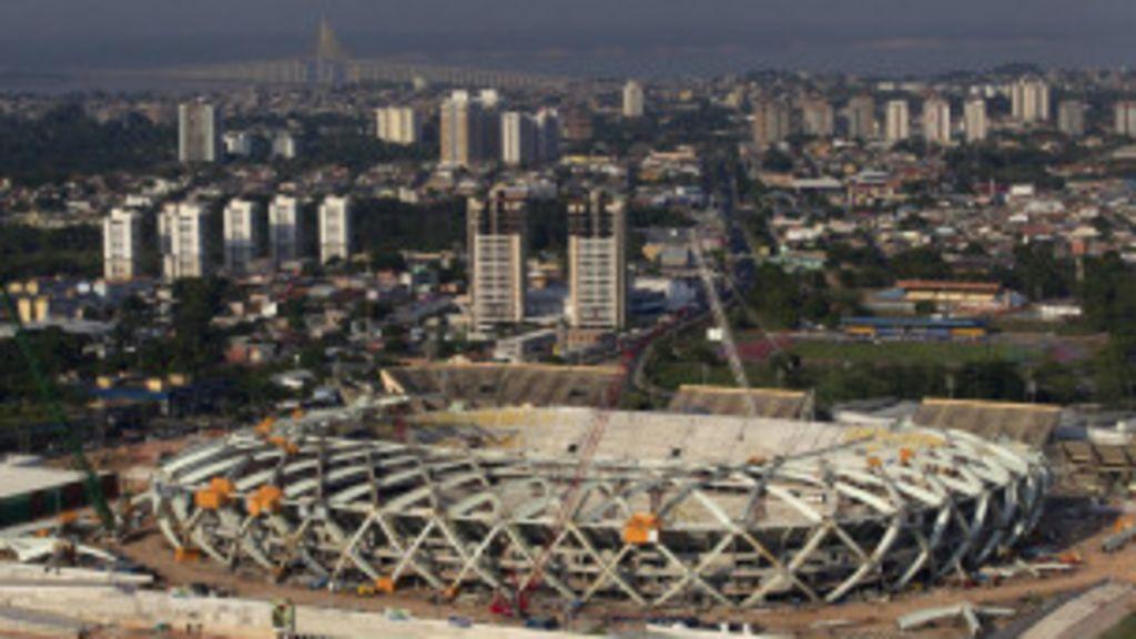 Manaus culpa 'operários relaxados' por mortes em estádio da Copa ...