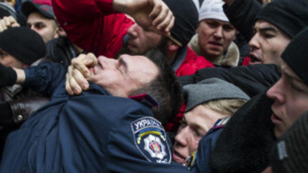 Por que a Crimeia se transformou no foco da tensão na Ucrânia ...