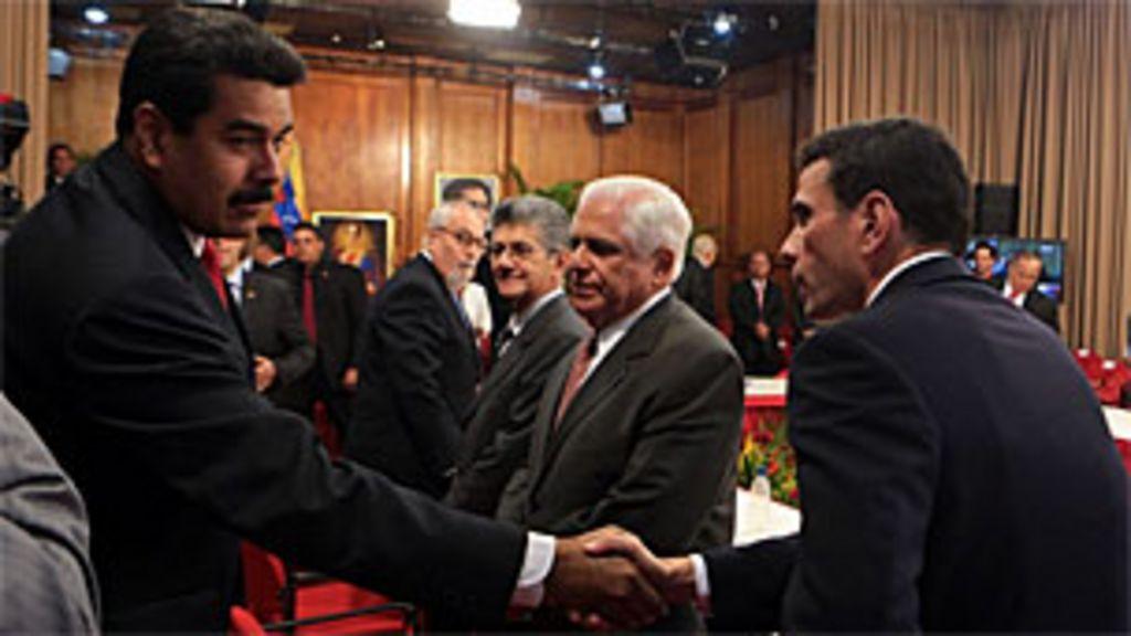 Venezuela à espera de um acordo entre governo e oposição - BBC ...