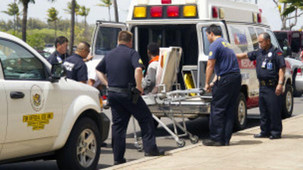 Jovem de 16 anos sobrevive a voo de 5 horas em trem de pouso ...