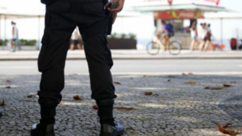 Policiais civis cruzam os braços em 12 Estados e dividem opiniões ...