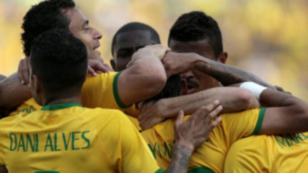 Seleção faz 4 a 0 em amistoso em Goiânia - BBC Brasil