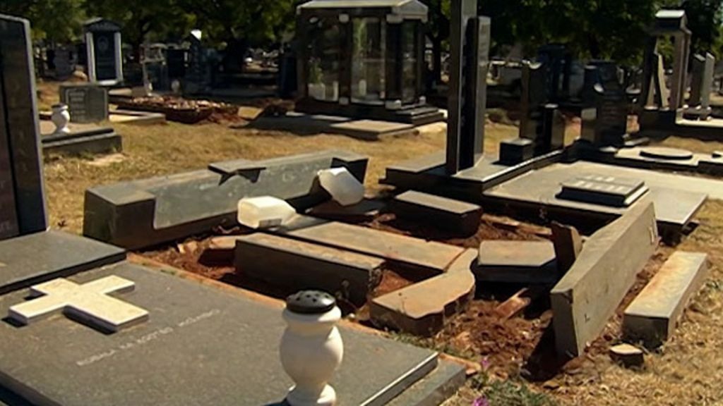 Empresa sul-africana cria alarme contra roubo de túmulos - BBC ...
