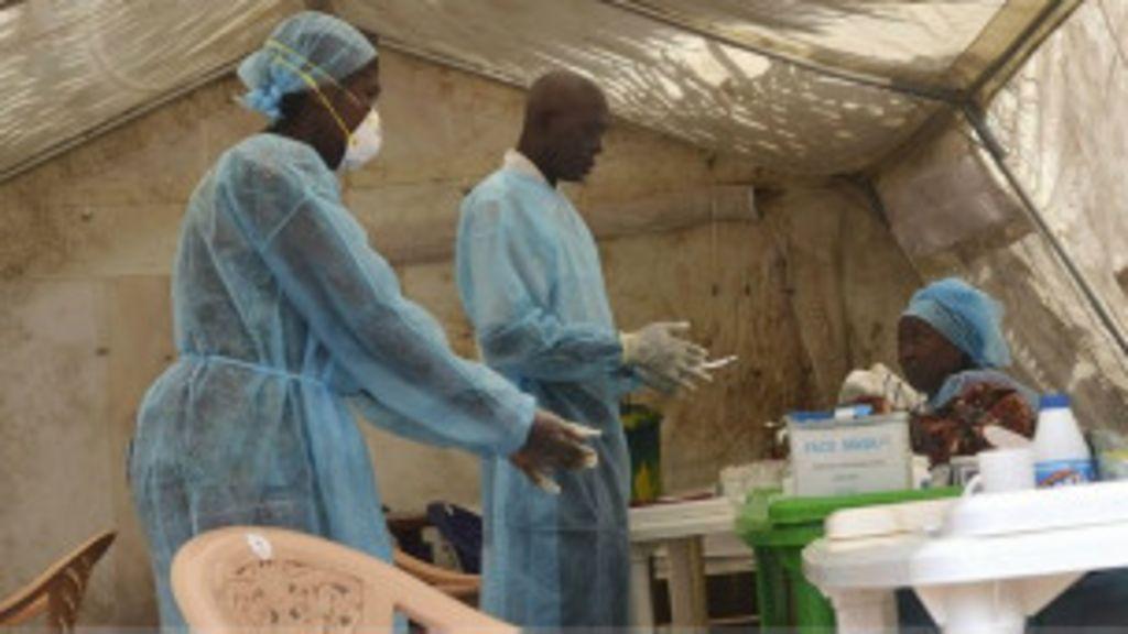 Surto de Ebola está 'fora de controle' em partes da África, alerta MSF