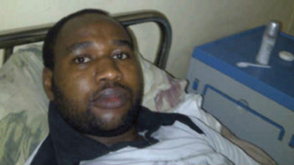 Nigeriano fica 18 dias internado em hospício por ser ateu - BBC Brasil