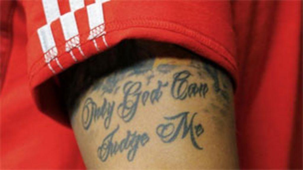 A Copa do Mundo em dez tatuagens de astros do futebol - BBC Brasil