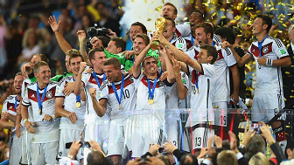 171, 35,6 milhões, 1 bilhão: Números que fizeram a Copa - BBC Brasil