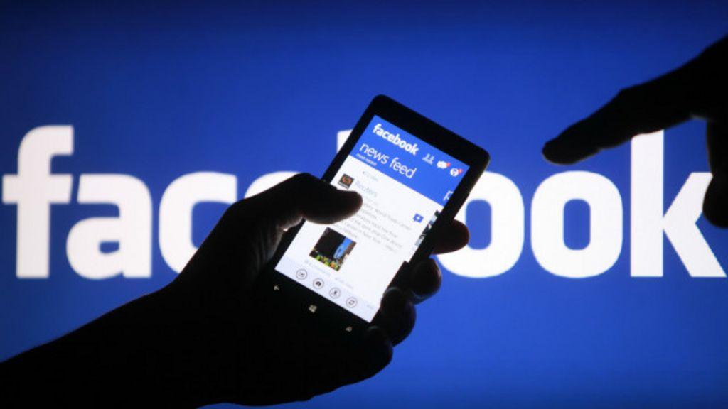 Facebook é criticado por manter no ar vídeo em que bebê é ...