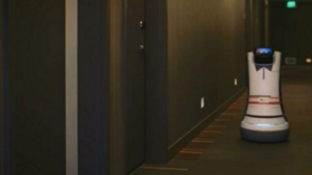 Hotel na Califórnia usa robôs no serviço de quarto - BBC Brasil