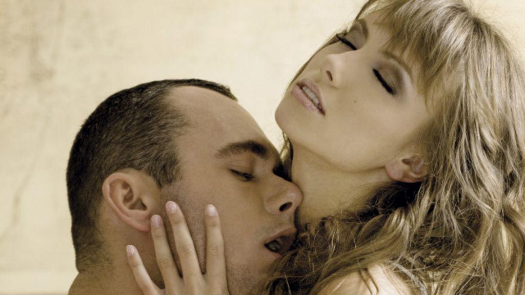 анальный секс с огурцом