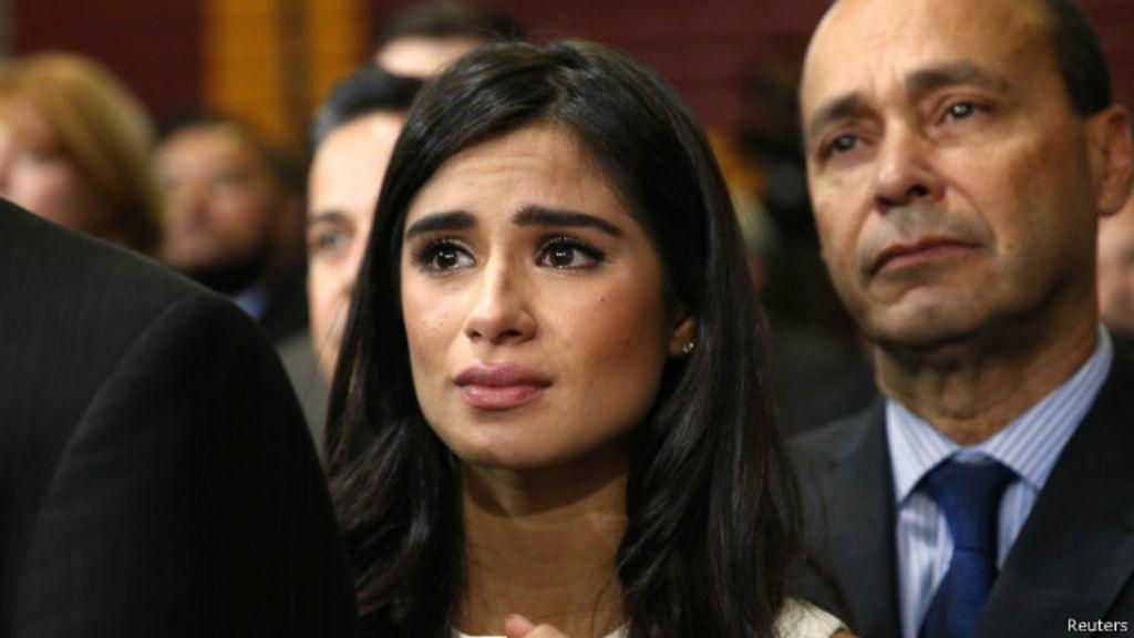 Atriz lembra dia em que família foi deportada dos EUA - BBC Brasil