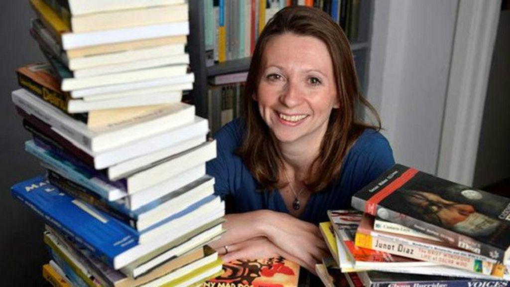 Em um ano, escritora lê um livro de cada país do mundo - BBC Brasil
