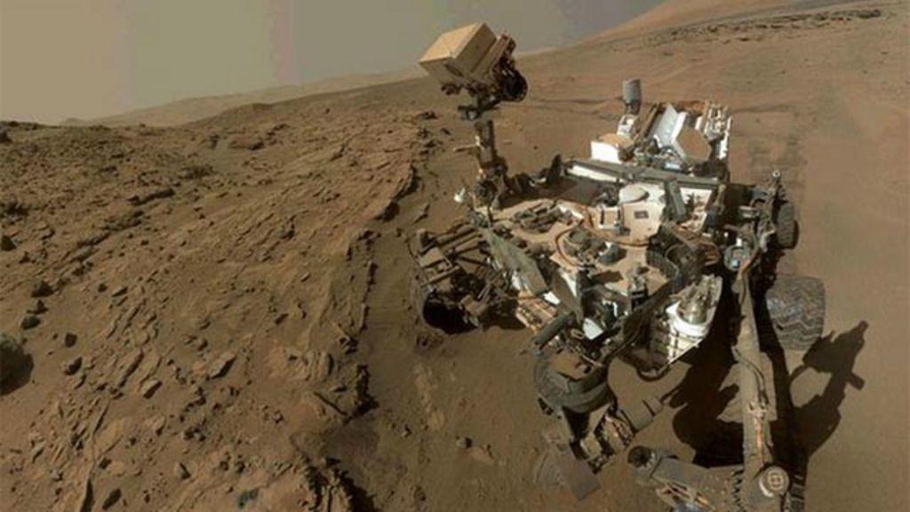 Nasa encontra evidências de água líquida em Marte - BBC Brasil