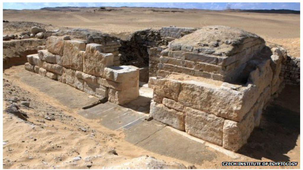 Descoberta no Egito tumba de rainha de 4,5 mil anos - BBC Brasil