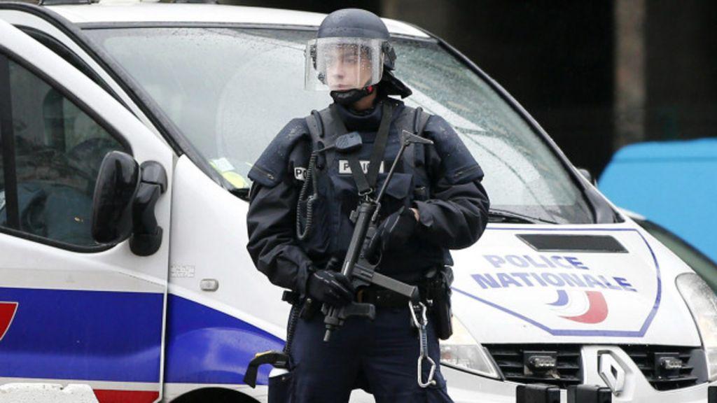 França prende 7 em megaoperação de busca a atiradores - BBC ...