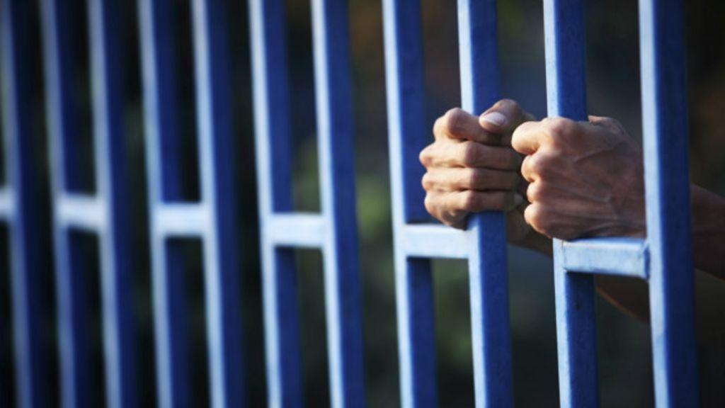 Na contramão do Brasil, EUA reduzem punição a jovens infratores ...
