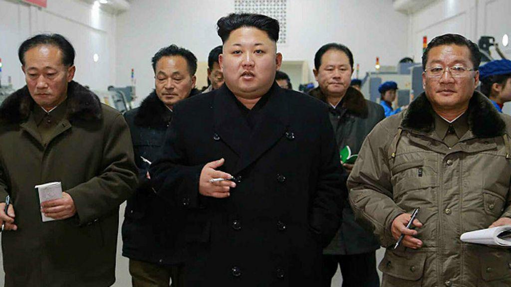 Ministro da Defesa da Coreia do Norte é 'executado com tiro ...