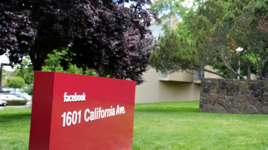 Em breve, fãs fanáticos por mídias sociais poderão 'morar' na ...