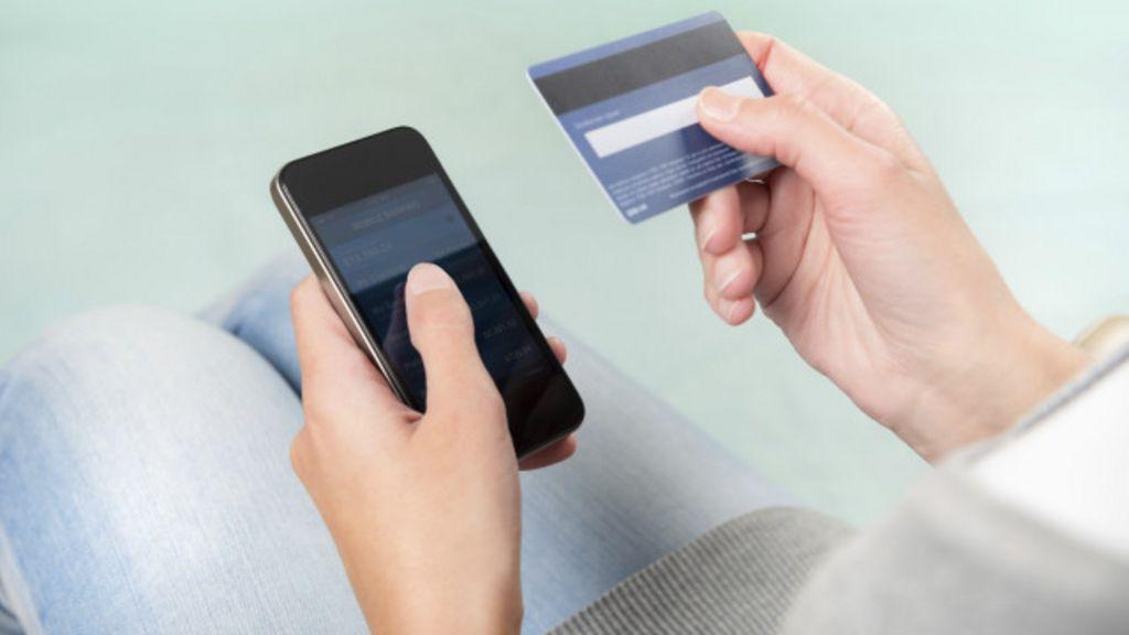 Brasil 'supera média mundial' em compras por celular e tablet - BBC ...