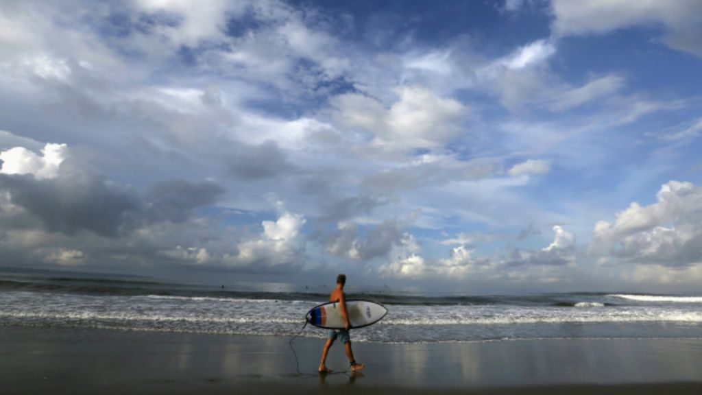 Praia, massagem e ecstasy: por que mercado das drogas prospera ...