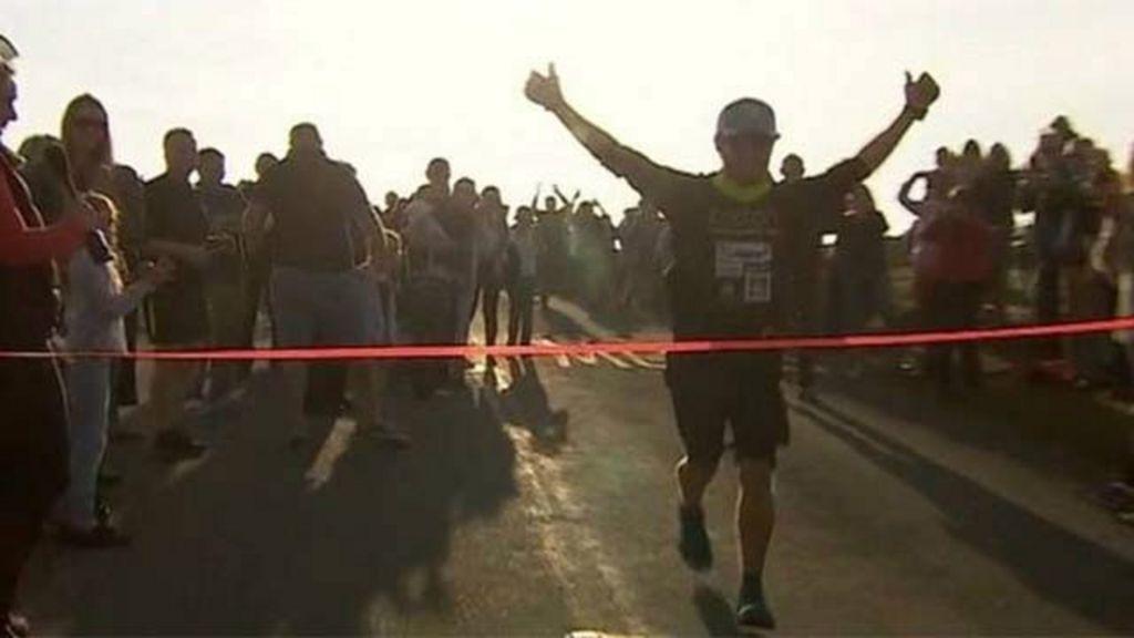 Britânico bate recorde e dá volta ao mundo correndo em 621 dias ...