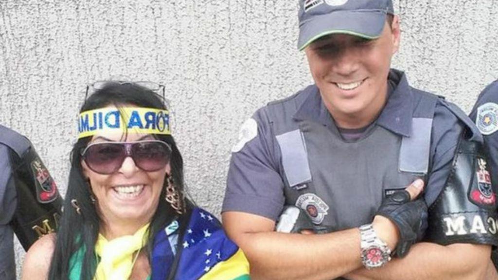 #SalaSocial: PM de SP republica 'selfies' de policiais com ...