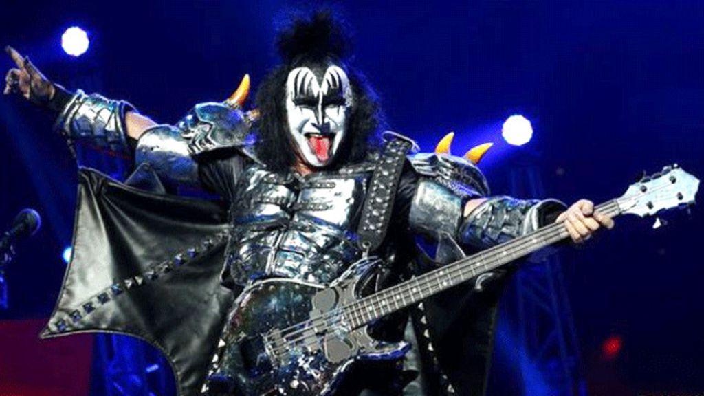 Líder do Kiss diz ser 'tubarão' atrás de dinheiro - BBC Brasil