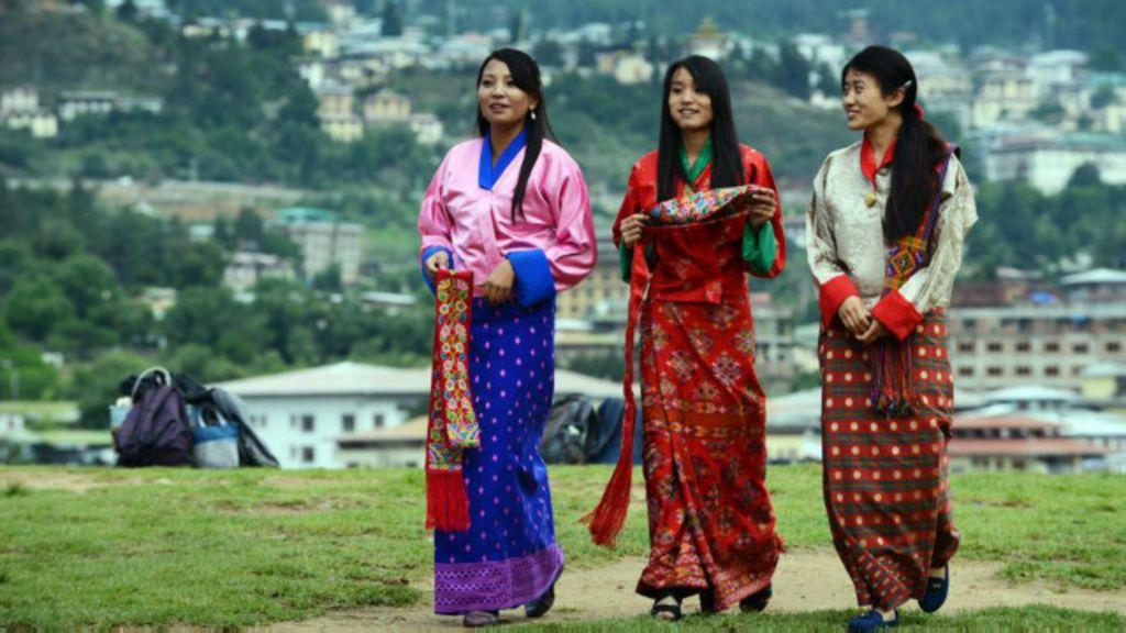 O sombrio segredo para a felicidade no Butão - BBC Brasil