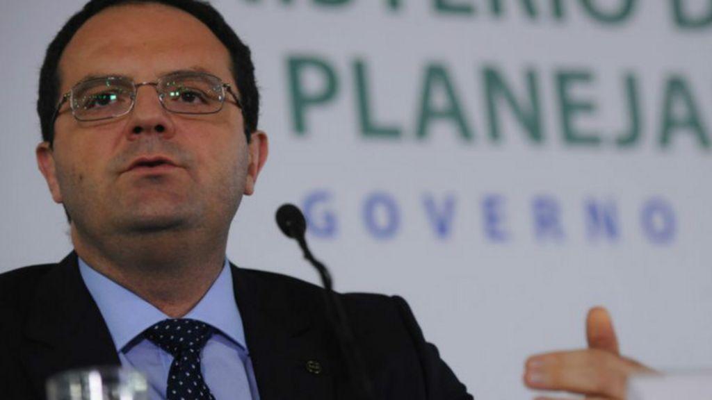 Por que é tão difícil para o governo cortar gastos? - BBC Brasil
