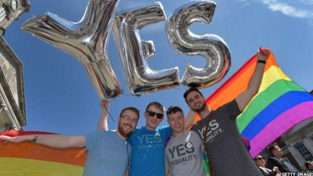 Em votação histórica, Irlanda aprova casamento gay - BBC Brasil