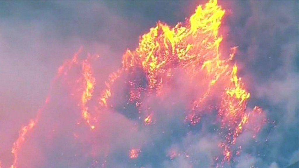 Incêndio devastador se espalha pelo Estado de Washington: veja ...