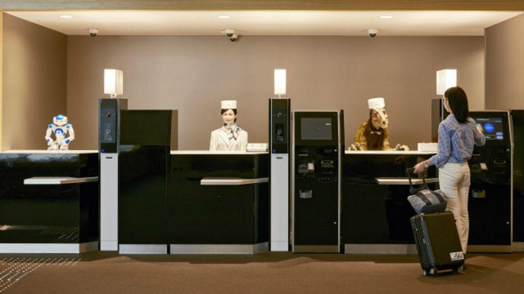 Por dentro do hotel de robôs no Japão - BBC Brasil