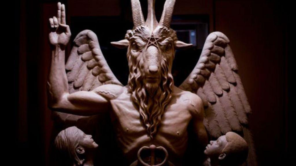 'Templo Satânico' apresenta escultura de ídolo pagão e gera ...