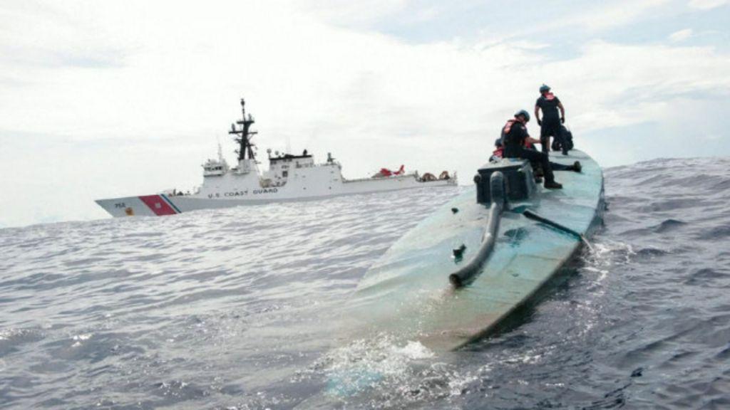 EUA apreendem 'submarino' com quase 6 toneladas de cocaína ...
