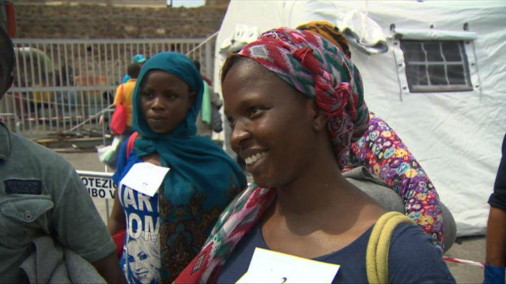 Grávida de 8 meses, imigrante nigeriana conta saga para fugir da ...