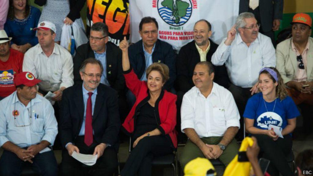 Política no Brasil agora se resolve semana a semana, avalia professor