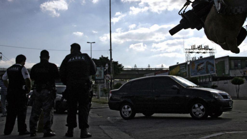 Há uma cultura de tolerância em relação à violência policial? - BBC ...